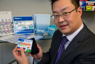 Promoting medication adherence with intelligent packaging